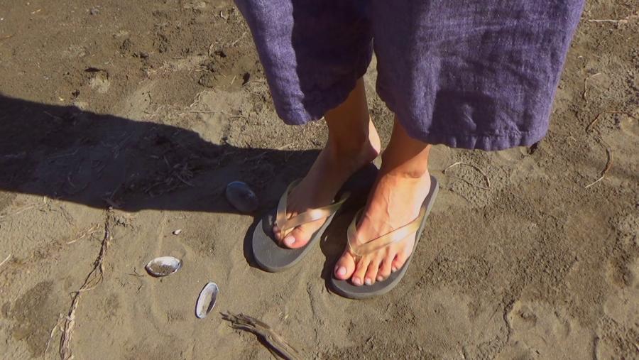Büntetik a strandpapucsos túristákat Olaszországban!