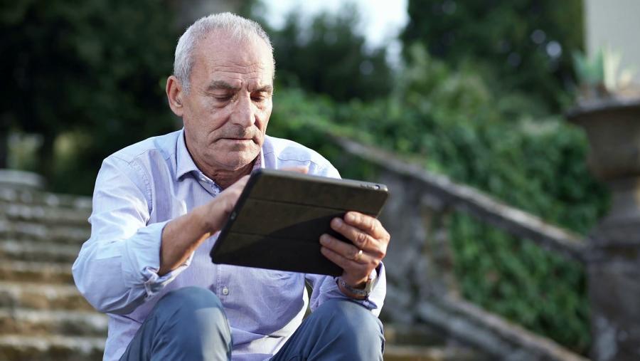 Az internet javítja az idősek életminőségét