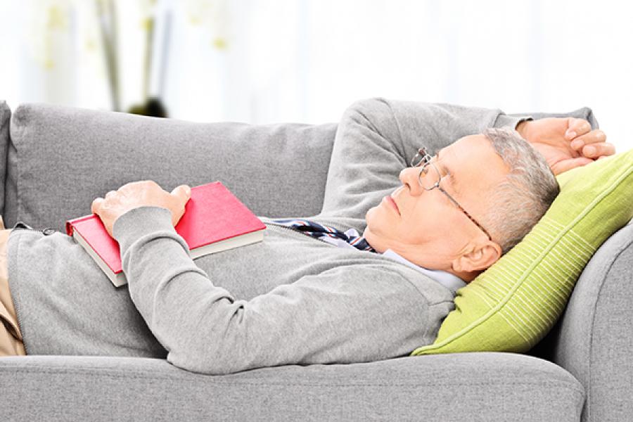 Szeretsz délután szunyókálni? Ennél jobbat nem is tehetnél a vérnyomásod érdekében!