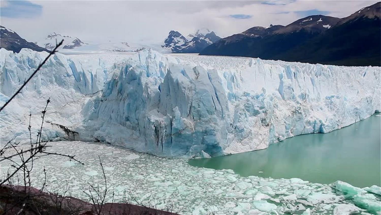Kettétört és tovább töredezik a patagóniai jégmező!