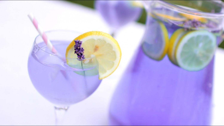 Gyorsan enyhíti a fejfájást a levendulás limonádé! Így készítsd el: