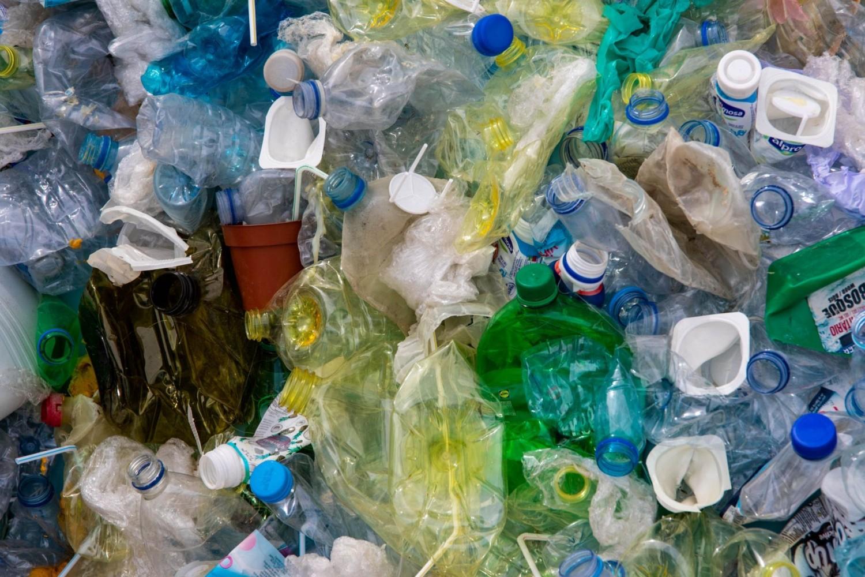 Főszerkesztői vállalás: csökkentsd a műanyag hulladékot!
