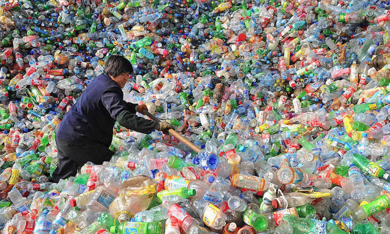 Kína betiltja az egyszer használatos műanyagokat- ráadásul egy éven belül