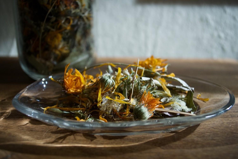 Így tárolhatod hosszabb ideig a fűszereket és a gyógynövényeket