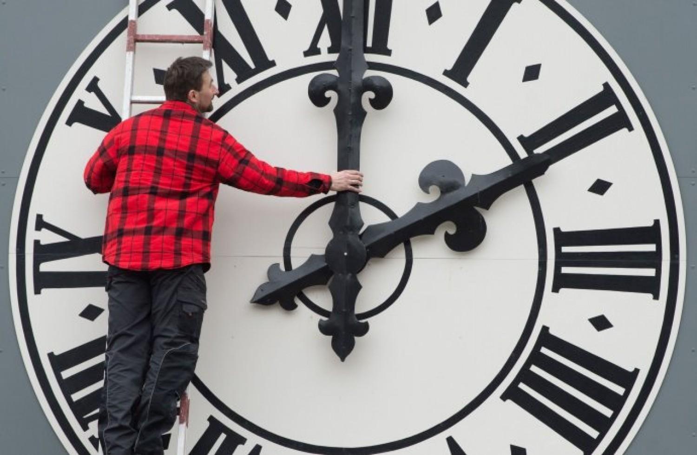 Át kell állítani idén az órát?
