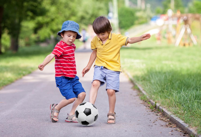 Pontosan ennyi mozgásra és alvásra van szüksége egy gyerekenk ahhoz, hogy egészséges csontjai legyenek.