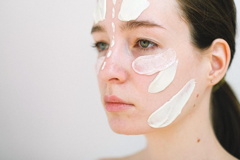 A bőrünk is várja már a tavaszt, de addig ezt a két dolgot tedd meg, hogy szép és egészséges legyen