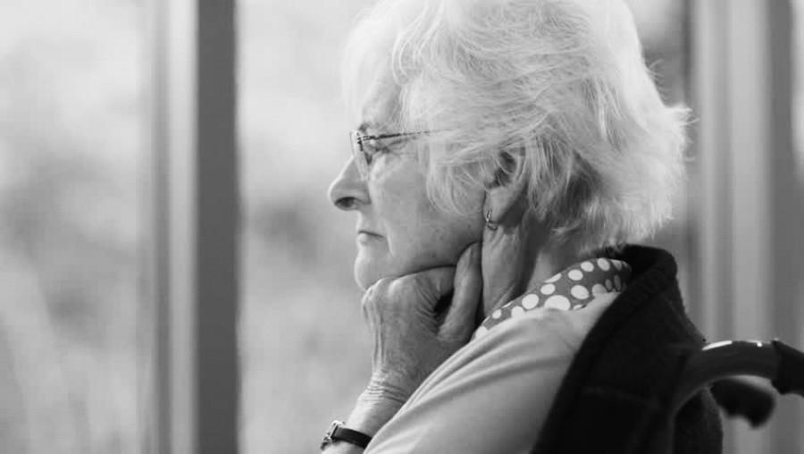 Többszázezer öreg él teljesen egyedül
