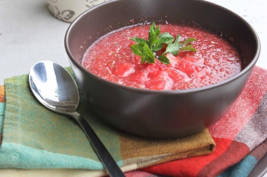 Próbáld ki bátran! Csípős görögdinnye leves!