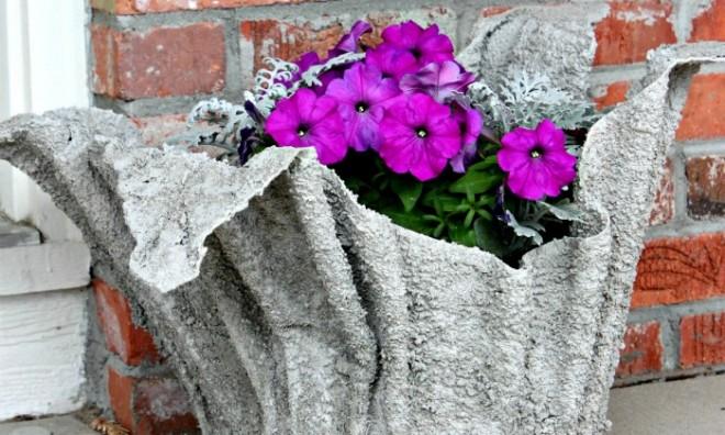 Kerti virág kaspó saját kezűleg