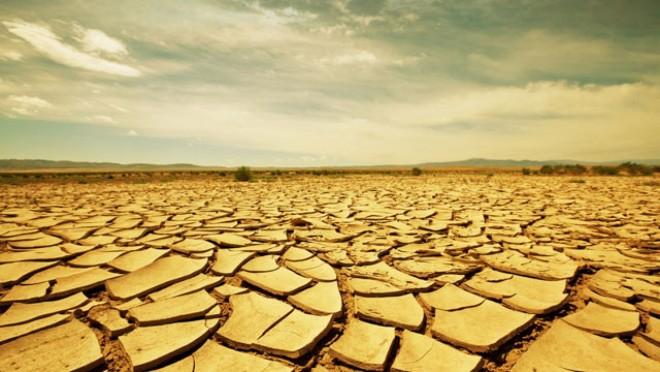 Itt a megoldás a globális problémára: Pisiből ivóvizet állít elő a napelemes gép