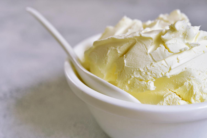 Készíts mascarponét  közönséges tejfölből!