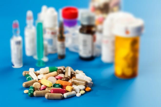 Így vesznek rá a gyógyszergyárak, hogy pirulákat szedj!