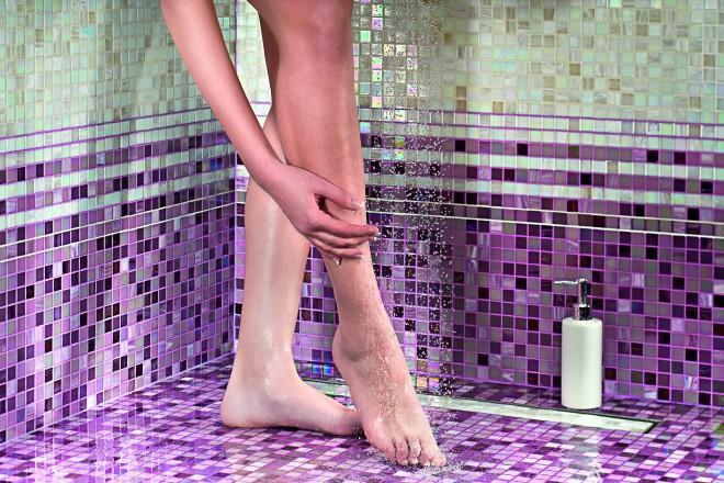 Ön ezt a 2 dolgot teheti a fürdőszobáját támadó  veszélyes penész ellen