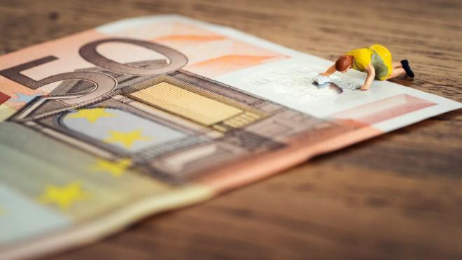 Piszkos pénzek: az euró még elmegy, na de a svéd korona!!!