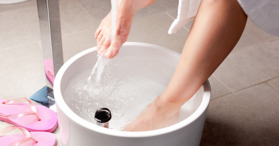 Kúráld magad sósvízes lábfürdővel!