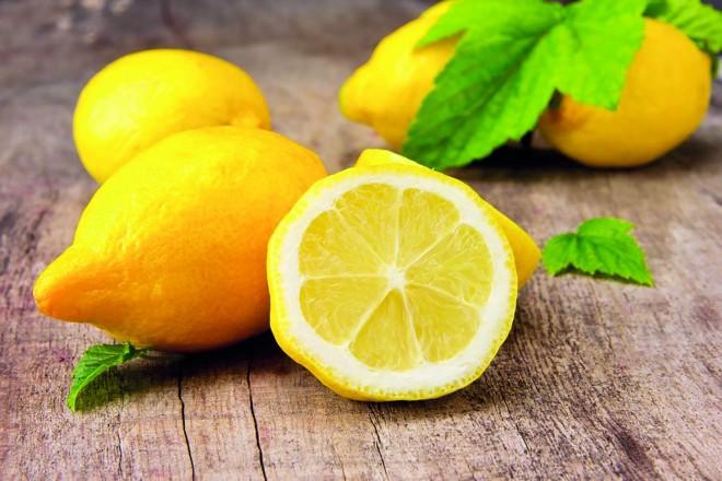 Mit keres a citrom a fürdőszobában? Vízkövet és szappanmaradékot… :)