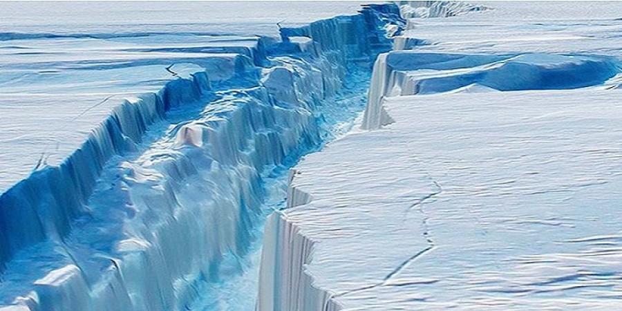 Óriási jégtömb vált le az Antarktiszról