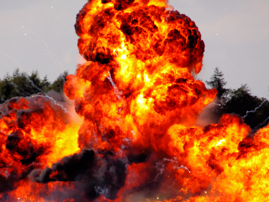 Fel fog robbanni egy gyár Houston közelében!