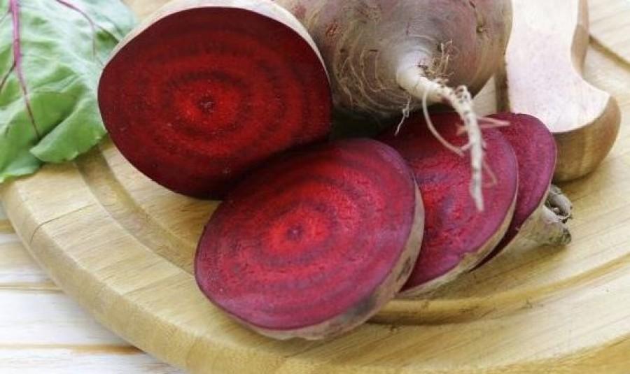 Aki nyers céklát eszik, a vizelet színéből megtudhatja a gyomorsav erősségét