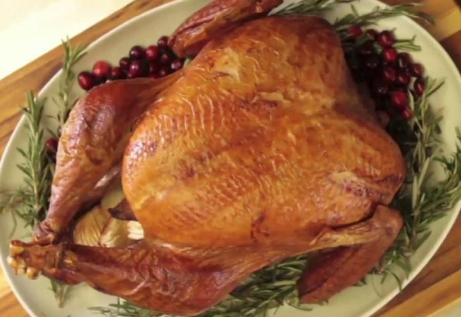 Egy hasznos trükk: tegyél gézt a sült csirkére és pulykára