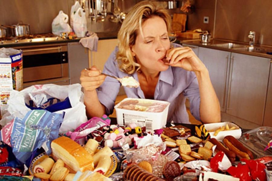 Mozgáshiány? Hizlaló ételek? Dehogy! Az elhízás leggyakoribb oka a túlevés!